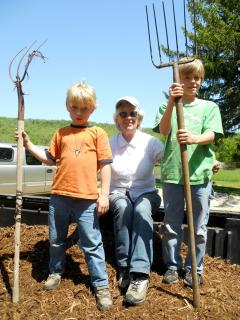 Kids enjoy exploring the farm and the surrounding blufflands.