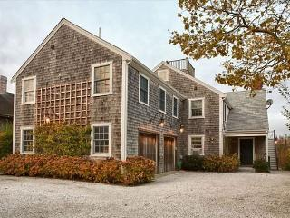 106 Orange Street, Nantucket, MA
