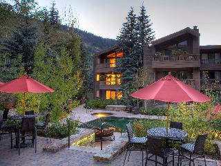 Aspen One Bed in Top-Rated Resort has FP, Balconies, Gym, Hot Tubs, Pool & More