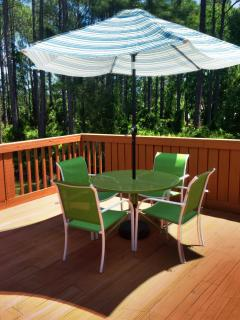 Patio w/ outdoor seating