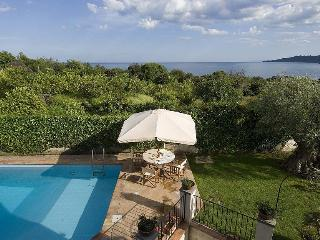 Villa Tecla Villa to let in Sicily, self catered rental Sicily, villa near Taormina Italy, 3 bedroom villa near Taormina, Santa Tecla