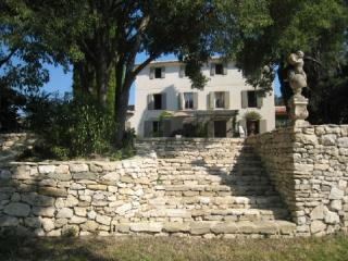 Enchanting Aix en Provence 7 Bedroom Country House