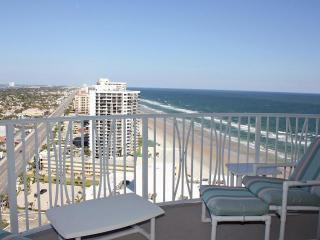 Daytona Amazing Panoramic Views/ 2 Bed-2 Bath, Daytona Beach