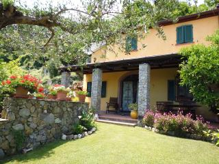 Lovely Villa very close to CinqueTerre and the Sea, Ameglia