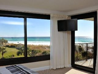 Stay at 'THE GREAT ESCAPE'  for your Fall Get-Away!, Sandestin