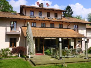 Hamburg 500 sqm luxury designed villa, sleeps 10, Amburgo