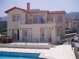 Luxury Villa in Alsancak, Northern Cyprus, Alsancak - Karavas