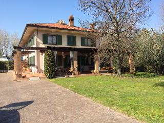 Tuscan Villa Rental in Forte dei Marmi