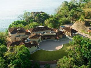 Villa Paraiso, Montezuma