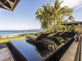 Puako Oceanfront Escape - Whale watch all winter!