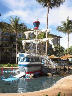 don't forget the little ones - a special touch by Westin to have a ship in the middle of a pool.
