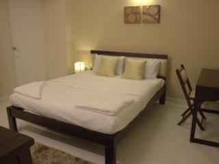 Angson Apartment-3 BHK-Deluxe 2-Pvt Room, Chennai (Madras)