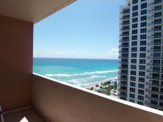 LUXURY OCEANFRONT 1 BR/ 1.5 BATHROOM PENTHOUSE