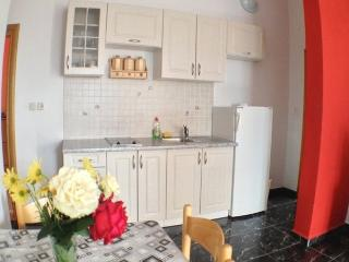 13596 - Apartments Anton, Novalja