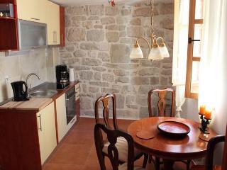 13067 - Apartments Ivan, Split