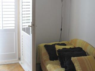 13508 - Apartments Ivan, Tucepi