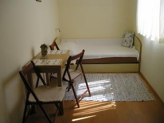 13271 - Apartments Koraljka, Njivice