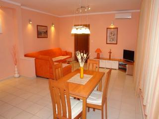 13324 - Apartments Petra, Crikvenica
