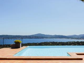 Beautiful villa in Grimaud