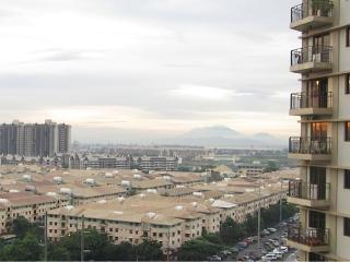 2BR Cocoon Condo w Mountain-Bay View Taguig, Paranaque