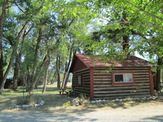 Woodlandbrook Spring Song Cabin # 15, Buena Vista