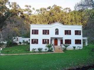 946 - OLIVE TREE MANOR, Cape Town Central