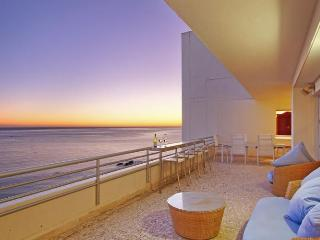 948 - STELLAR VISTA PENTHOUSE, Clifton