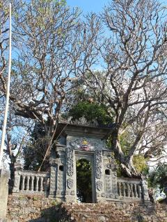 Beautiful temple adjacent to Bali Villa Sartori (North Bali), the authentic, real Bali