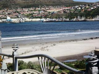 975 - 49 SEABREEZE APARTMENT, Hout Bay