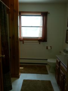 First floor - Full bath