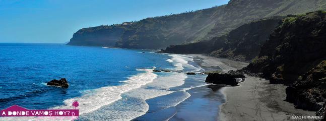 Playa los Patos. 25 min walk from the property