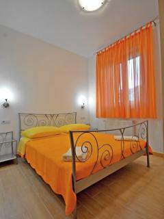 Bedroom 2 AP(4) East-1 floor