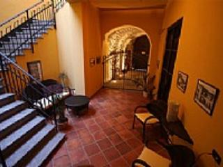 Casa Umberto A, Sarnico