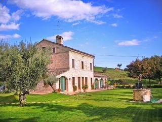 Villa Macerata, Avacelli