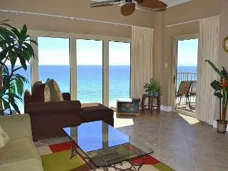 Beach condo with floor-to-ceiling view of the Gulf & private balcony!, Miramar Beach