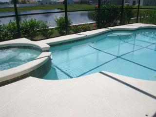 Florida Villa 1183 - 5 Bed Villa, Lake view, West Facing Pool/Spa, 12 mins from, Kissimmee
