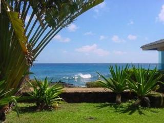 Don't Just Rent a Condo, Rent an Oceanfront Villa!, Koloa