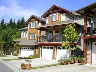Executive Fully Furnished Town Home with views, Coquitlam