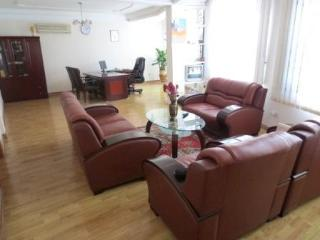 Two bedroom luxury executive apartment., Acra