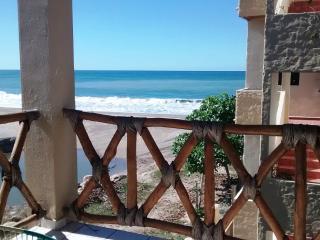 2 beautiful bedrooms on the Beach in Lo De Marcos, Lo de Marcos