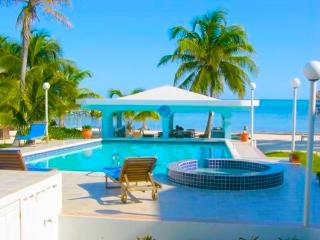 YES!  RENT ME IN BELIZE - One bedroom Perfection A2 Sunset Beach, San Pedro