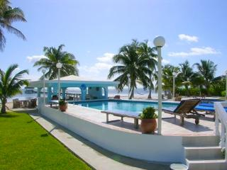 YES!  RENT ME IN BELIZE - One bedroom Perfection A2 Sunset Beach