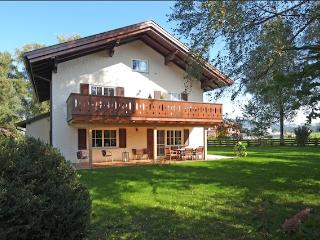 Vacation Apartment in Neumarkt am Wallersee - spacious, luxurious, bright (# 5160)