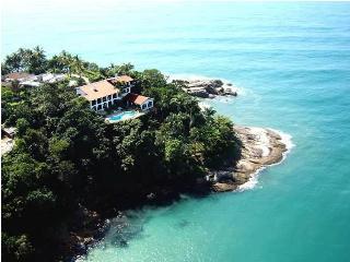 Casa Genoveva - A Superb & Unique Villa in Ubatuba
