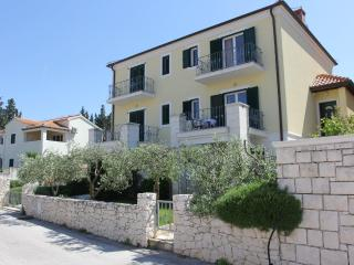 Villa Marela - Apartment Veliki, Supetar