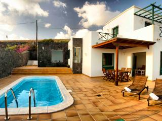 Casa Las Vistas, Sea Views and swimming pool, La Asomada