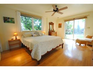 Charming Beach House, walk to the beach!, Paia