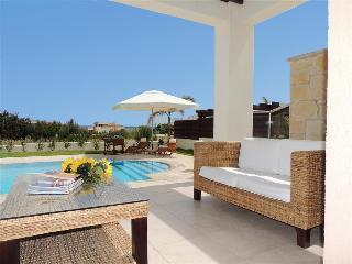 Thalassa Villa 1, Latchi