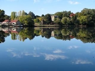 Gorgeous lake reflections.