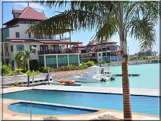 luxury apartment 100m2 -private island seychelles, Victoria